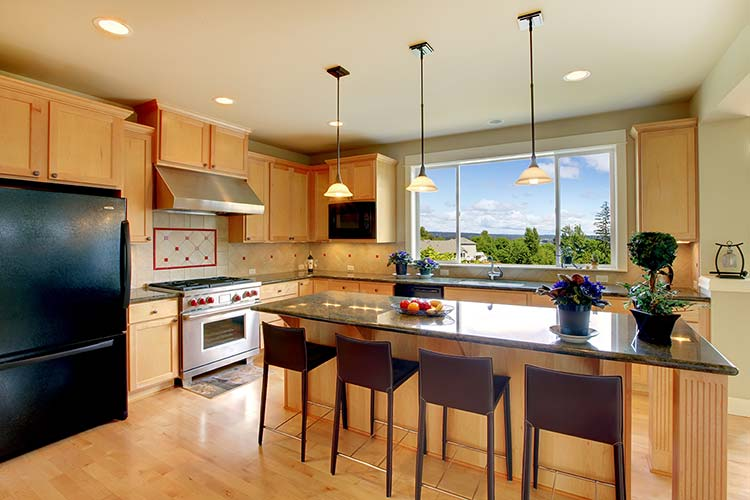 open house tips - Bright kitchen