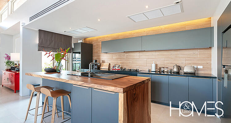 modern-kitchen-blue-wood-1